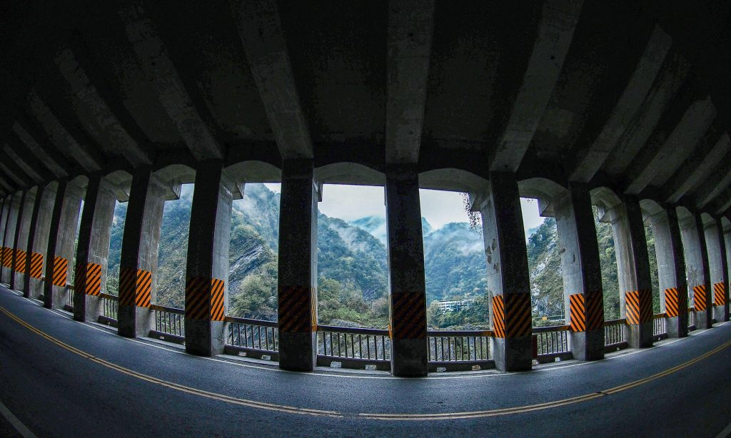 Hairpin tunnel